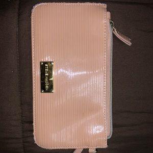 Steve Madden wristlet wallet